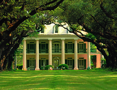 http://www.cajunencounters.com/wp-content/uploads/2010/07/Oak-Alley-Plantation-crop.jpg I will live here!