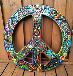 Mosaic Peace Sign Hippie Bohemian Art Custom Order Etsy - Mosaic Peace Sign Hippie Bohemian Art Custom Order Glass Gems Beads Ballchain Mirrored Glass Embellishments Ooak Ask A Question Mosaic Art, Mosaic Glass, Glass Art, Mosaics, Stained Glass, Hippie Art, Hippie Bohemian, Hippie Chick, Hippie Trippy