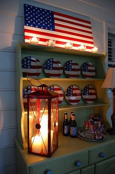 how to make a pottery barn inspired flag! Love the 4th of July