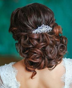 Wedding Hairstyle : Picture Description Featured Hairstyle: Elstile; www.elstile.com - #Hairstyles https://weddinglande.com/hairstyles/wedding-hairstyle-featured-hairstyle-elstile-www-elstile-com-51/