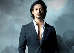 After Salman Khan, Akshay Kumar & Hrithik Roshan, it is Tiger Shroff's turn to say no to villainy roles