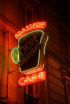 La Chope Daguerre Neon sign in Paris