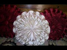 how to prepare smoking decorative cushion at home Crochet Rug Patterns, Smocking Patterns, Smocking Tutorial, Pillow Tutorial, Diy Pillow Covers, Diy Pillows, Vintage Cushions, Decorative Cushions, Canadian Smocking