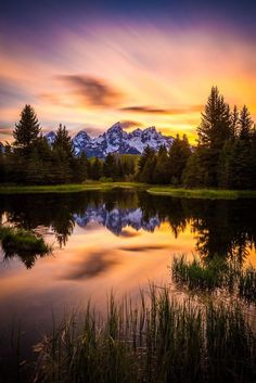 Wyoming - Grand Teton National Park - Sunset On Schwabacher. - Duvar kağıdıWyoming - Grand Teton National Park - Sunset On Schwabacher's by Jordan Edgcomb america mountain sky clouds lake sea forest tree landscape amazing nature reflect Beautiful Landscape Photography, Beautiful Landscapes, Landscape Photos, Landscape Art, Sunset Landscape, Forest Landscape, Mountain Landscape, Landscape Tattoo, Landscape Wallpaper