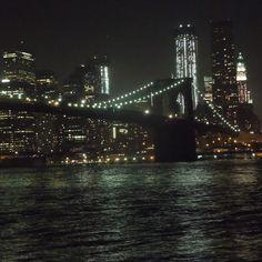 ニューヨーク/ブルックリン 映画の舞台でもよく使われるブリッジ!! NYの中でも一番のお気に入りの場所です! たそがれちゃいましたぁ★