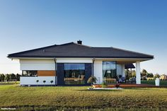 Projekt domu Dom w bodziszkach Realizacje - ARCHON+ Architectural Design House Plans, Modern House Design, Architecture Design, Exterior Design, Interior And Exterior, One Storey House, Bungalow House Plans, Sweet Home, New Homes