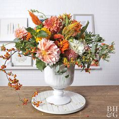 3 Ways to Make a Beautiful Fall Flower Arrangement Do something more with your favorite varieties of dahlias, mums, and thistles. Use your favorite fall flowers to create a colorful autumn arrangement to celebrate the season. Fake Flower Arrangements, Fake Flowers, Diy Flowers, Flower Vases, Fresh Flowers, Flower Decorations, Beautiful Flowers, Wedding Decoration, Fall Arrangements