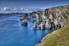 Google Image Result for http://us.123rf.com/400wm/400/400/matthi/matthi1112/matthi111200031/11605322-mizen-head-ireland--atlantic-coast-cliffs-at-mizen-head-county-cork-ireland.jpg