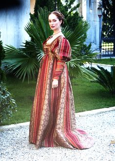 Renaissance The Borgias Italian Renaissance Dress, Mode Renaissance, Costume Renaissance, Renaissance Dresses, Medieval Costume, Renaissance Fashion, Medieval Dress, Medieval Clothing, Historical Costume