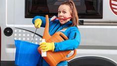Tankreinigung im Wohnmobil: Tipps für sauberes Wasser - Promobil Ikea, Van Life, Baby Car Seats, Bean Bag Chair, Baby Strollers, Camper, Children, Home Decor, Hacks