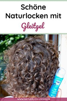 Naturlocken pflegen - Lockenpflege Tipps I'll show you how to get beautiful natural curls with lubri Natural Hair Journey, How To Grow Natural Hair, Long Natural Hair, Natural Hair Updo, Natural Curls, Natural Hair Styles, Updo Cabello Natural, Pelo Natural, Low Porosity Hair Products