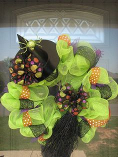 Witch+hat+and+broom+wreath+by+SweetStitchesShoppe+on+Etsy,+$65.00