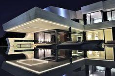 Family house in Madrid - http://www.interiordesign2014.com/architecture/family-house-in-madrid/
