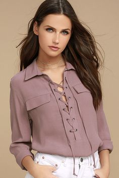 The Once in a Lifetime Mauve Lace-Up Top has that unique, trendy style we& been looking for! A collared, lace-up neckline tops this woven blouse with decorative flap pockets and a notched high-low hem. Long sleeves with button cuffs. Look Fashion, Trendy Fashion, Trendy Style, Blouse Styles, Blouse Designs, Lace Tops, Ladies Dress Design, Long Sleeve Tops, Casual Outfits