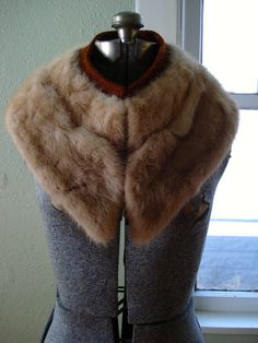 Vintage 1940s Mink Collar Fur Detachable 40s Vintage Fur 2013696 by bycinbyhand on Etsy