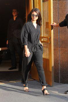 8814053978abc Selena Gomez Wears 10 Outfits in Two Days - Selena Gomez Tries Blake Lively  Press Tour