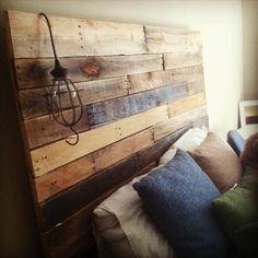 Simple DIY Pallet Headboard | 101 Pallets