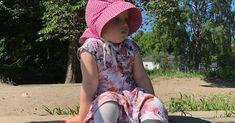 Näillä vinkeillä kaavoitat ja ompelet kätevästi yksinkertaisen kauniin kellohelmaisen mekon itselle tai lapselle