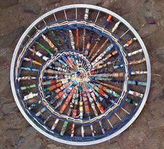 i am poem - Maggi Squire Bike rim with recycled materials Gloucestershire… Bicycle Wheel, Bicycle Tires, Bicycle Art, Bicycle Design, Wind Sculptures, Sculpture Art, Pimp Your Bike, Yarn Bombing, Collaborative Art