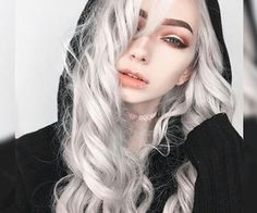 Find images and videos about fashion, style and beauty on We Heart It - the app to get lost in what you love. White Hair, Blue Hair, Sarah Marie Karda, Jude Karda, Pretty People, Beautiful People, Blonde Goth, Emo Girls, Bright Eyes