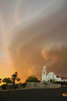 Capilla del Espiritu Santo Colonia Pitic Hermosillo Sonora, Mexico  Junio 2015