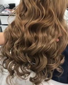 Brunette Hair Color With Highlights, Summer Hair Color For Brunettes, Brunette Color, Hair Color Dark, Blonde Color, Hair Highlights, Honey Brown Hair, Brown Blonde Hair, Pelo Color Caramelo