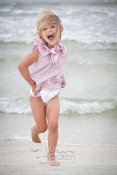 Best of 2013 Beach Captured Moments Beautiful Little Girls, Cute Little Girls, Beautiful Children, Cute Kids, Beach Kids, Summer Kids, Hello Summer, Pink Summer, Summer Colors