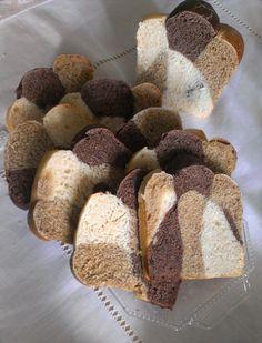 Ormai conoscete i miei pan bauletti, vero? Li ho fatti in tutte le versioni (o quasi), perchè adoro fare colazione con il pan brioche realizzato in