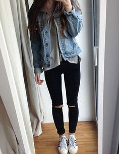 for casual ripped jeans? Find more cute outfit idea to create your own street style with women's clothing at Looking for casual ripped jeans? Find more cute outfit idea to create your own street style with women's clothing at Look Fashion, Teen Fashion, Fashion Outfits, Fashion Ideas, Hipster Fashion, Womens Fashion, Cheap Fashion, School Fashion, Denim Fashion