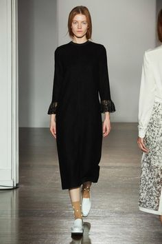 Mother of Pearl Fall 2014 Ready-to-Wear Collection Slideshow on Style.com