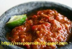 Sambal Bajak Bahan-bahan: 15 buah cabai merah segar 8 buah cabai rawit merah 5 siung bawang merah 4 siung bawang putih 2 buah tomat segar 60 gram ebi 2 sdt terasi Readmore :http://resepcorners.blogspot.com/2014/01/resep-sambal-bajak-pedas-terasi.html