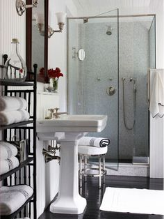 You take a shower and you get clean. Your shower door? Read on for our top tips on how to clean glass shower doors -- and keep them clean. Bathroom Design Small, Modern Bathroom, Master Bathroom, Small Bathrooms, Bathroom Designs, White Bathroom, Feminine Bathroom, Timeless Bathroom, Shower Designs