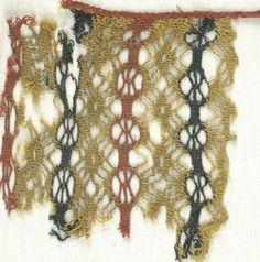 Coptic. Netted Weave. Textile; Wool, 6 x 6 in. (15.2 x 15.2 cm). Brooklyn Museum, Gift of the Egypt Exploration Fund, 15.454.
