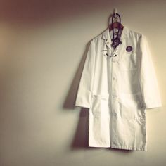It's all about the white coat #goals. i want that white coat........... for me