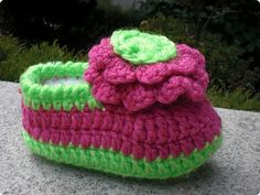 sunny&funny: pink lady crochet  baby shoes