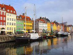 Vai viajar para Copenhaga e precisa de dicas? Este post é para si. O que ver? Onde ficar alojado? Como se deslocar na cidade?