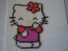 Hello Kitty hama perler beads - Création réalisée par : isabelle8119