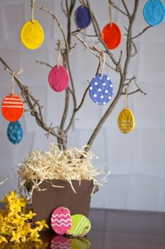 18 Simple Easter Crafts for Kids (she: Mariah) - Or so she says...
