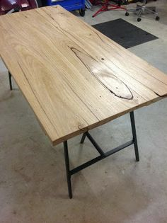 Inside the Renovators Delight: Weekend Project: Reclaimed timber desk Reclaimed Timber, Cool Office, Weekend Projects, White Walls, Natural Wood, New Homes, Dining Table, Woodworking, Desk