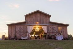Looking for a place to get hitched? You had NO idea these stunning spots were in Tennessee!