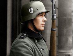 Waffen SS soldier WW2