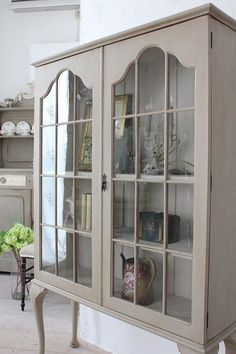 Antique Display Cabinet | French Provincial Country Furniture