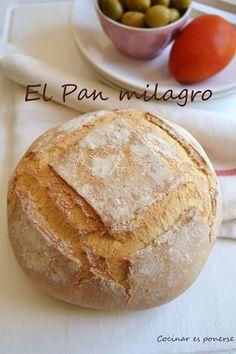 Pan casero rápido [el pan milagro] | Cocinar es ponerse Pan Dulce, Pan Milagro, Salty Foods, Pan Bread, Artisan Bread, Mexican Food Recipes, Love Food, Bakery, Food And Drink