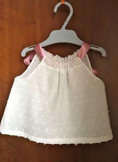 Ropa bebe hecha a mano. Handmade baby clothes. LAS ROPITAS DE ROCIO.: BLUSITA EN PLUMETI BLANCO