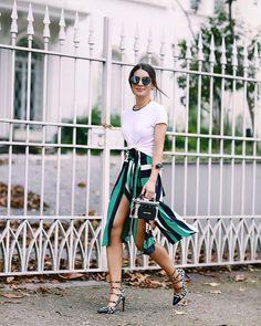 Camila Coelho T-Shirt: Zara Saia: Reinaldo Lourenço Sapato: Altuzarra Óculos: Chanel Bolsa: Louis Vuitton SPFW/42