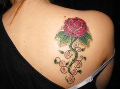 Red-Rose tattoo design for women – women shoulder tattoo designs Rose Tattoos For Girls, Tribal Rose Tattoos, Tattoo Designs For Girls, Flower Tattoo Designs, Girl Tattoos, Female Tattoos, Ladies Tattoos, Rosen Tattoo Schwarz, Rosen Tattoo Frau