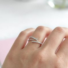 Unique Rose Gold Ring Size 5 20190605 – Jun 05 2019 at - women gold rings Gold Rings Jewelry, Hand Jewelry, Diamond Jewelry, Jewellery, Cute Rings, Unique Rings, Beautiful Rings, Simple Ring Design, Gold Finger Rings