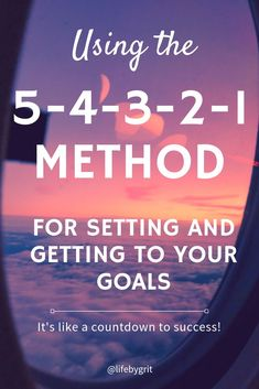 This simple method helps you break your long-term goals into something manageable so that you can turn them into reality and live your dream life. Smart Goal Setting, Setting Goals, Work Motivation, Business Motivation, Business Quotes, Long Term Goals, Goal Planning, Time Management Tips, Career Change