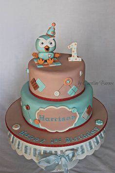 I made this cake for a dear friends little man who is celebrating his first birthday. All decorations are made from fondant.