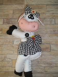 th (224×299) Minnie Mouse, Christmas Ornaments, Holiday Decor, Blue Jeans, Cow Head, Head Shapes, Fabric Animals, Industrial Kids Decor, Line